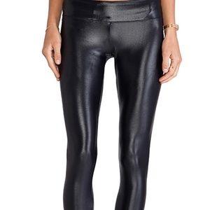 Koral black workout leggings (shiny)